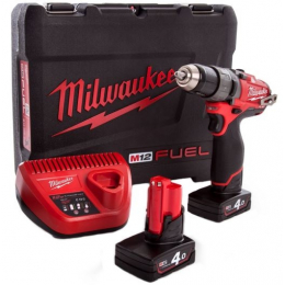 Milwaukee M12CDD-402C Visseuse, Perceuse Fuel 12V 2x4.0Ah (4933440395)