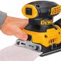 Dewalt DWE6411 Ponceuse vibrante 1/4 de Feuille 230W + 25 Abrasifs Offert